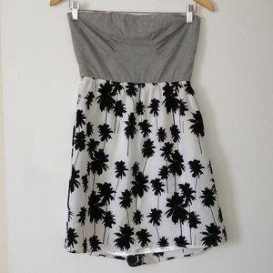 🌴☀️Twik sleeveless  dress size medium 🌴☀️